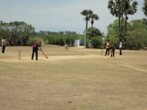 cricket potti vilaiyattu upakaranam valankal (1)