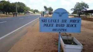 140423154515_srilankaomanthaicheckpostmilitary_640x360_bbc_nocredit