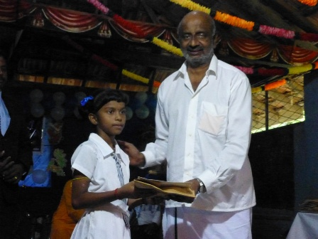 kondavil hindu price giving 17.10 (20)