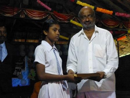 kondavil hindu price giving 17.10 (23)