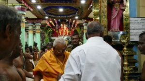 sampanthan visit durgadevi kovil (1)